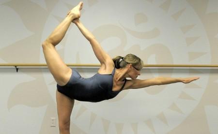 Si haces yoga cuida tus rodillas