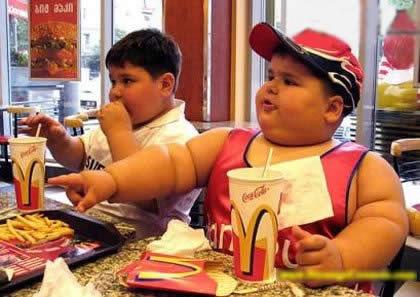 Los problemas que causan las comidas chatarras