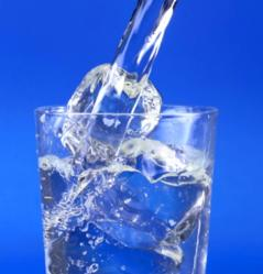 La importancia del agua en nuestro cuerpo