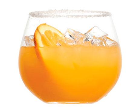 Brindis para las fiestas, trago de naranja al coñac