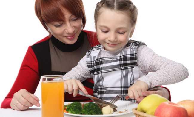 Estrategias probadas para que los ninos se coman la verdura