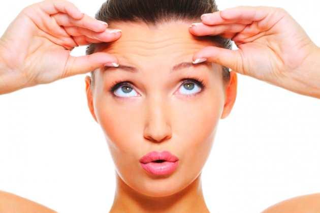 Como eliminar las arrugas de la frente de forma natural