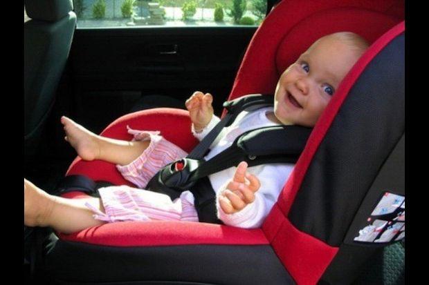 Silla de coche para bebes y ninos