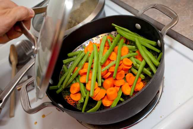 C mo cocinar sin perder nutrientes ni vitaminas buena salud for Que cocinar con verduras