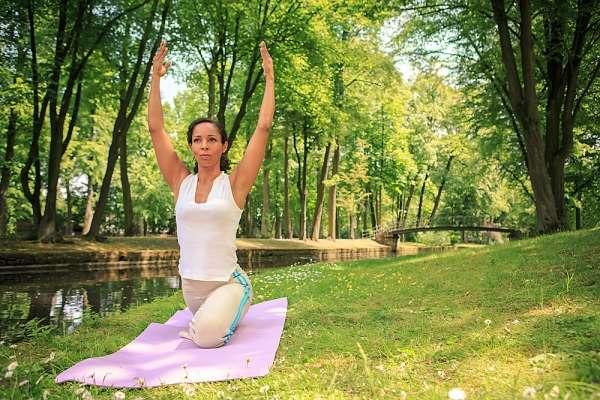Yoga en casa para adelgazar