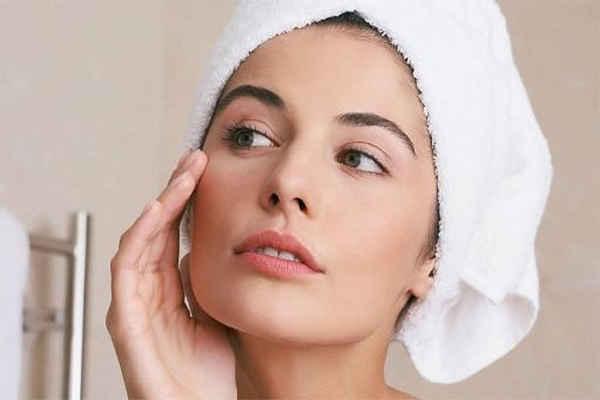 Como quitar el maquillaje naturalmente
