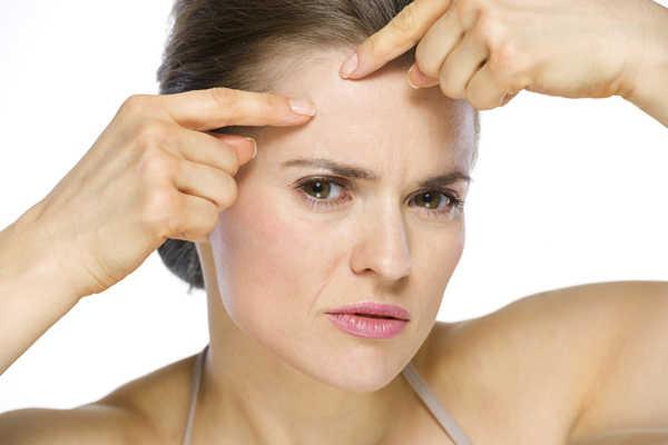 Aceite de árbol de té para el acné tratamiento casero