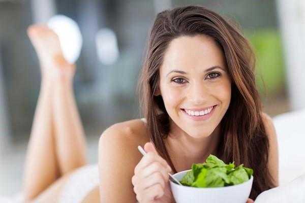 Alimentos para fortalecer el cabello y otros consejos