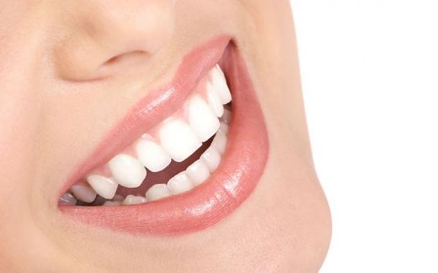 Enjuague-bucal-natural-de-menta-y-bicarbonato-3.jpg