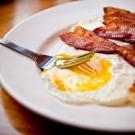 Las causas del colesterol alto_mala alimentación.jpg