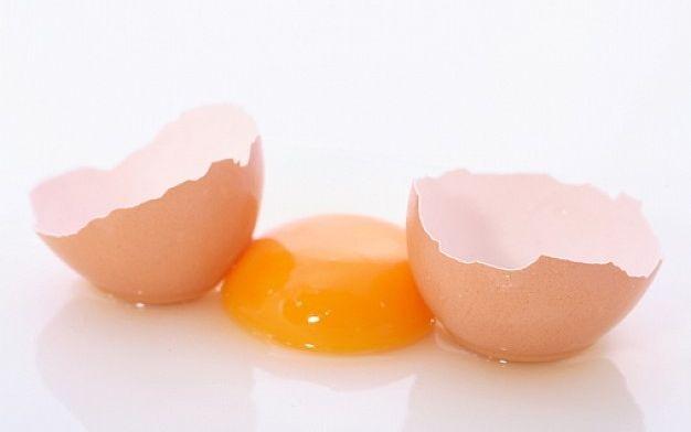 Yemas de huevo crudas o cocidas  2.jpg