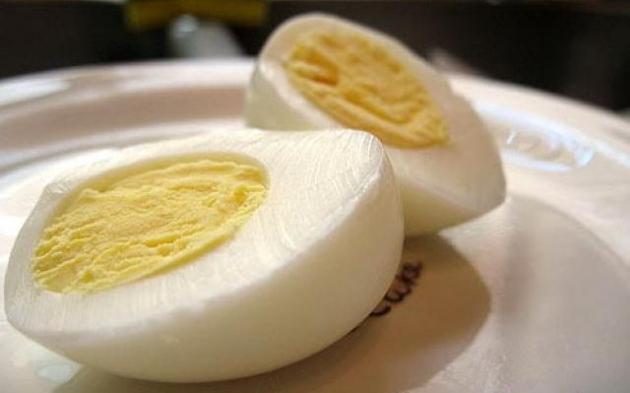 Yemas de huevo crudas o cocidas  4.jpg